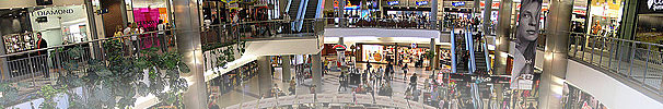 mall digital signage